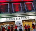 """La provincia de Córdoba """"se tiñe"""" de rojo en el Día Mundial de la Cruz Roja"""