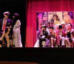 Magnifica puesta en escena de la obra ¡Ale Hop!, una adaptación de 'Tres sombreros de Copa'