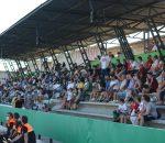 Más de 700 aficionados arropan al Montilla C.F en su primer partido en casa.